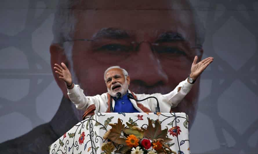 India prime minister Narendra Modi addresses a rally in a cricket stadium in Srinagar in 2015.