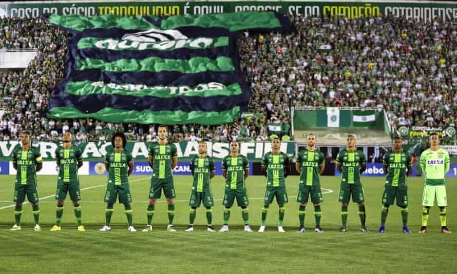 Chapecoense players before their Copa Sudamericana semi-final second leg against San Lorenzo last week.