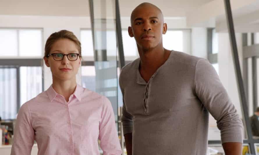 Melissa Benoist as Kara Danvers and Mehcad Brooks as James Olsen.