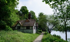 Ferry Cottage and river, Cliveden ©National Trust Images, Alexandra Tandy