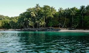 Deserted beach on Príncipe Island, Africa
