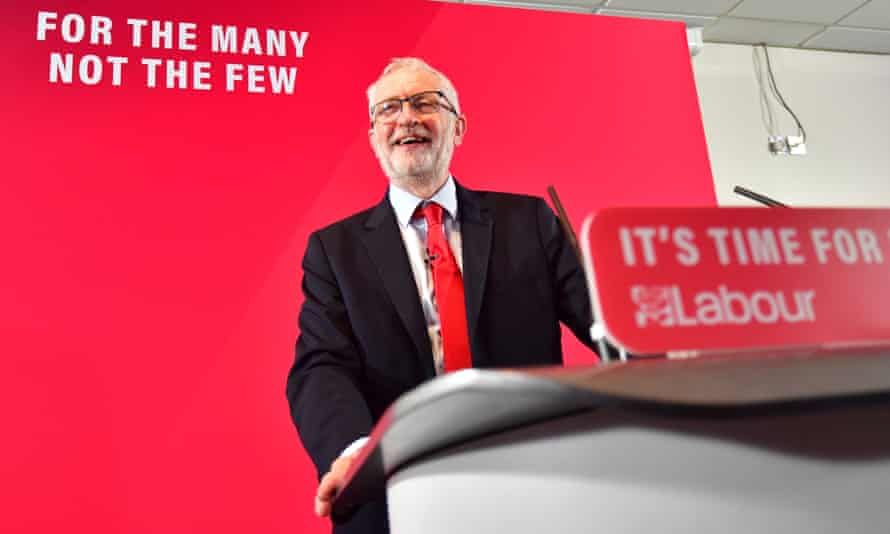 Jeremy Corbyn announces Labour's free broadband revolution.