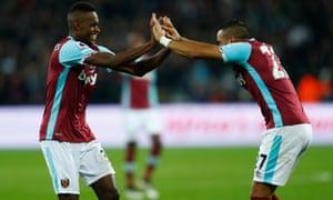 West Ham United's Edimilson Fernandes, left, celebrates scoring their second goal with Dimitri Payet.