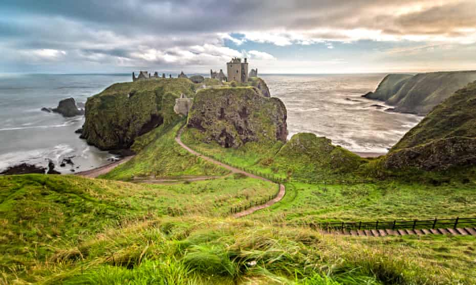 Dunnottar Castle is a great wild location to visit if staying in Aberdeen.