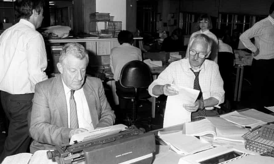 Chris Moncrieff, left, working in the Press Association's Fleet Street office in 1987.