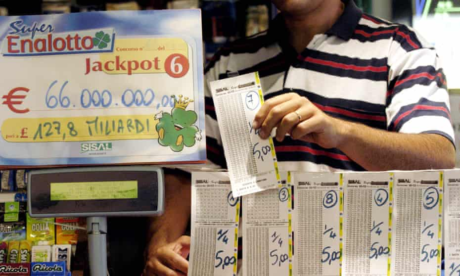 A shop selling lottery tickets in Italy
