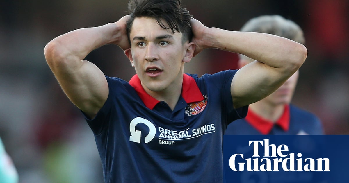 Sunderland desperate to overturn play-off deficit against Lincoln