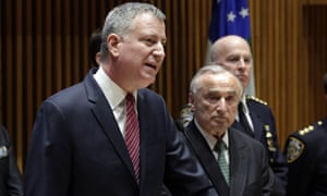 New York City mayor Bill de Blasio and NYPD commissioner William Bratton