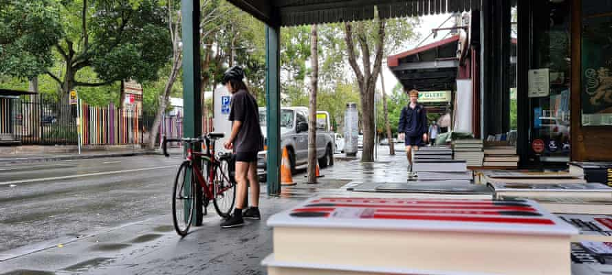 Some bookstores in Australia have started up free local bicycle delivery services during the lockdowns