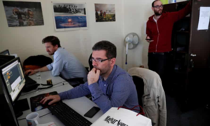 Journalists on the Hungarian newspaper Magyar Nemzet