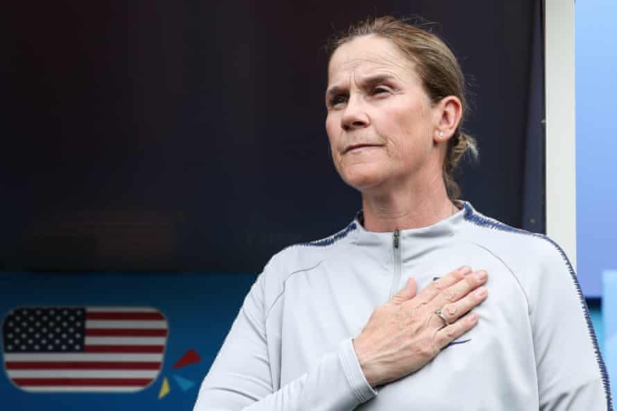 British-born USA coach Jill Ellis is aiming for a second successive World Cup win on Sunday.