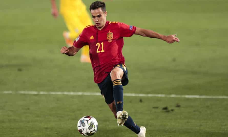 Sergio Reguilón in action for Spain against Ukraine on 6 September.