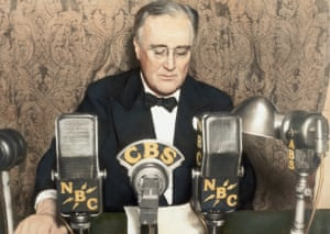 franklin d roosevelt delivering one of his famous fireside chats