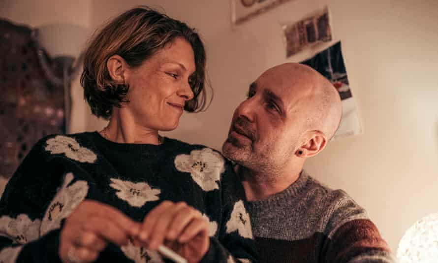 MyAnna Buring as Dawn Sturgess and Johnny Harris as Charlie Rowley in The Salisbury Poisonings