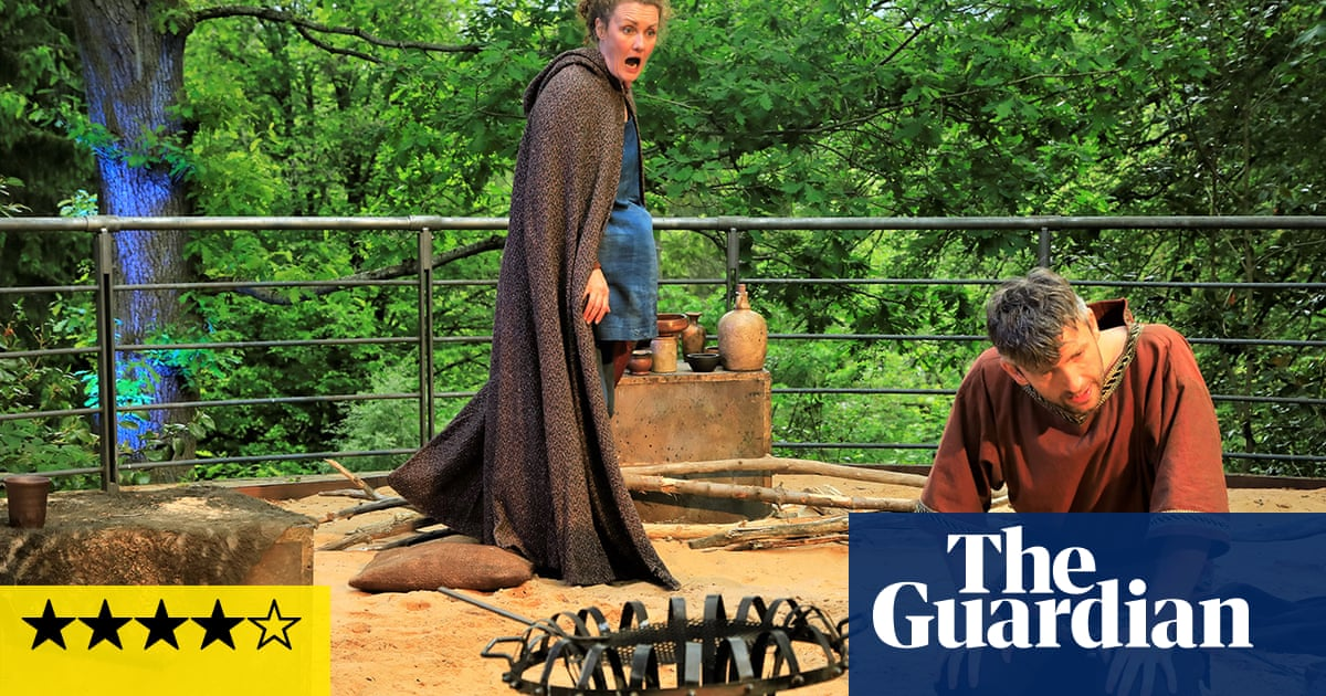 Adventures With the Painted People review – romantic revenge on a roamin' Roman