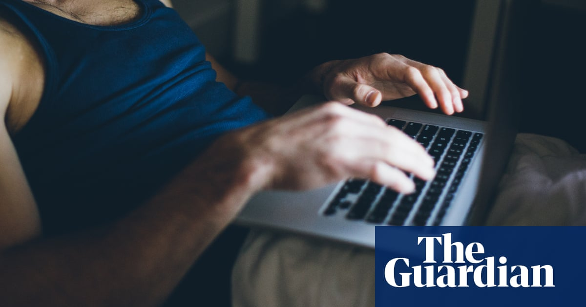 Cyberchondria and cyberhoarding: is internet fuelling new conditions?