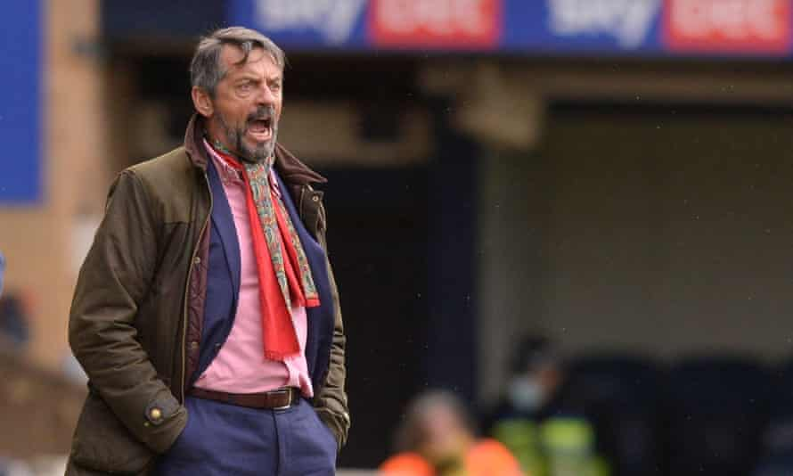 Phil Brown gives instructions to his players during Southend's goalless draw at home to Crawley in his first match back at the club.