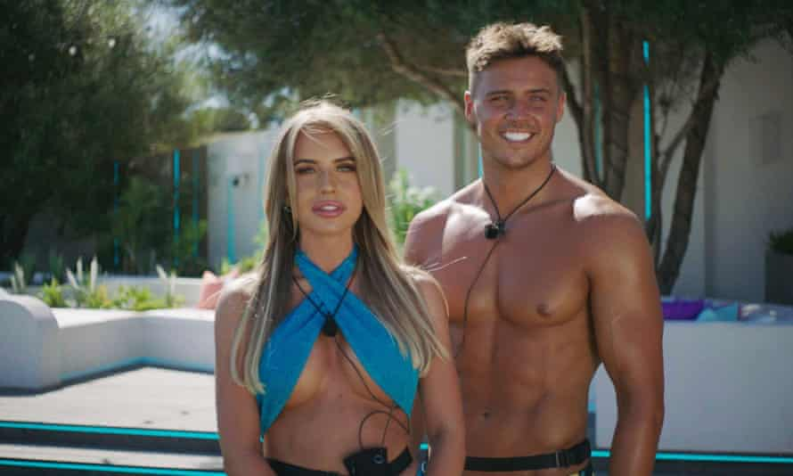 The show must go on ... Faye and Brad in Love Island 7.