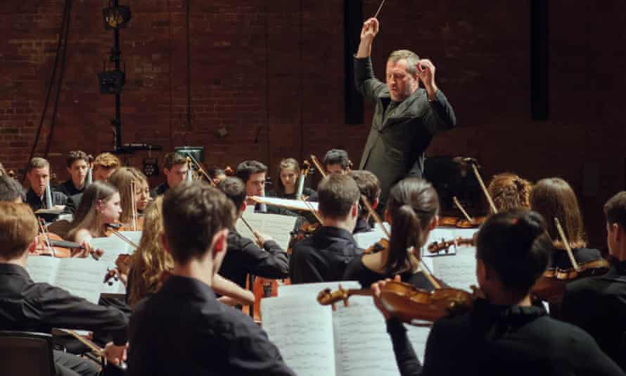 Thomas Adès conducts the National Youth Orchestra of Great Britain at the 2017 Aldeburgh festival.