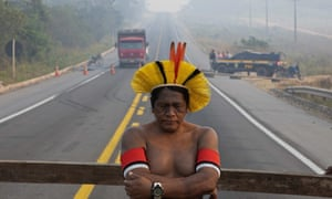 Members of the Kayapó tribe show no sign of backing down permanently as they insist that government representatives meet them for talks.