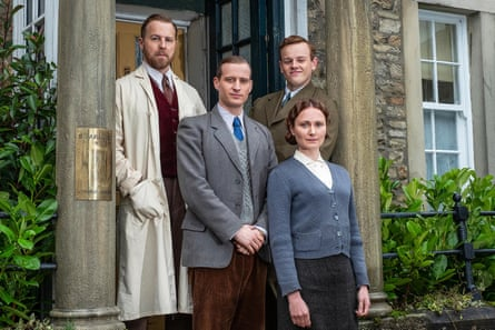 Samuel West, Nicholas Ralph, Callum Woodhouse and Anna Madeley in All Creatures Great in Small.
