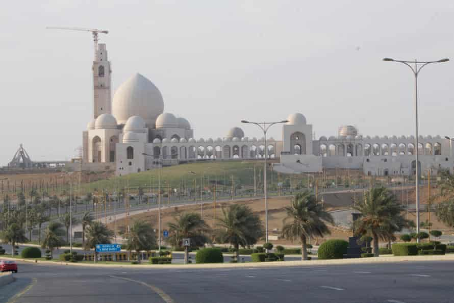 The magnificent mosque in Bahria Town Karachi, its toilets were built on a heritage site