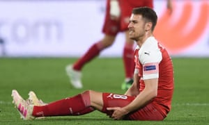 Arsenal midfielder Aaron Ramsey was taken off in the 34th minute after suffering a hamstring injury during their victory in Napoli.