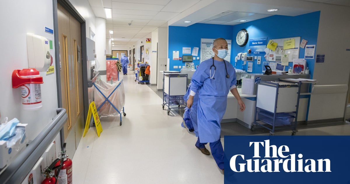 Implement 'plan B' winter measures now or risk NHS crisis, Johnson warned