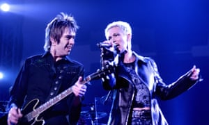 Marie Fredriksson and Per Gessle as Roxette on stage in Karlstad, Sweden, 2001.