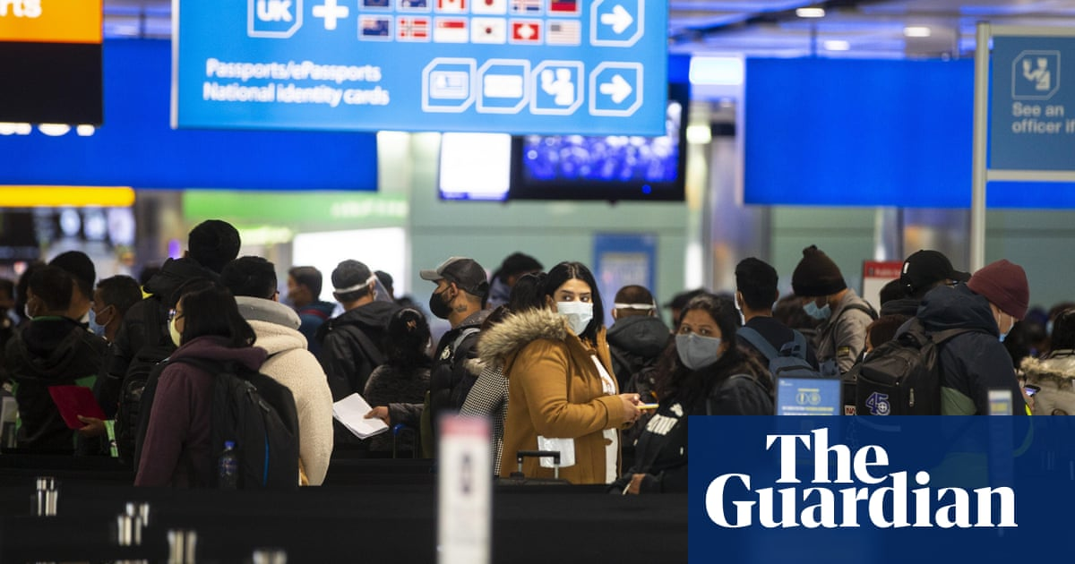 UK tightens borders and travel rules as variants spark new alarm
