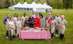 Sandi Toksvig, Paul Hollywood, Prue Leith and Noel Fielding with this year's Bake Off contestants.