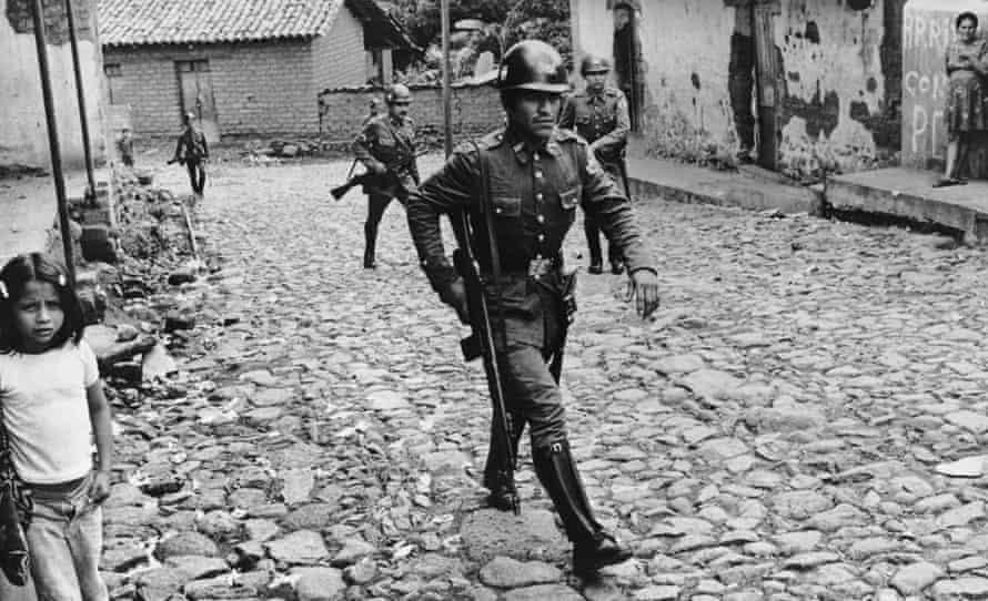 El Salvador civil war