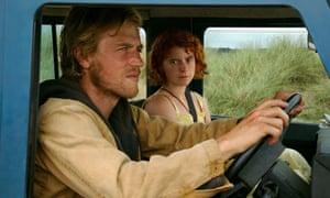 Jessie Buckley and Johnny Flynn in Beast.