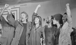 Jane Fonda with Donald Sutherland and other actors protesting against the Vietnam war.