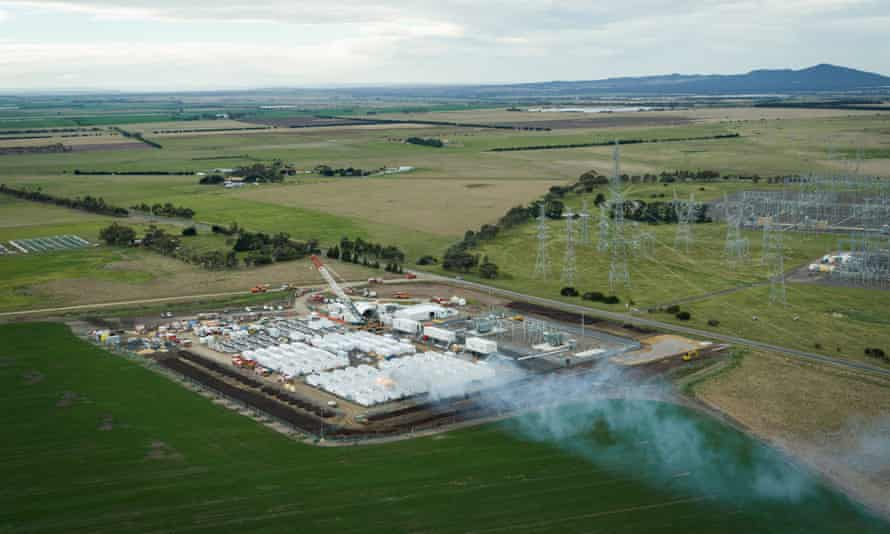A Big Battery fire near Geelong continues to burn several days after it started