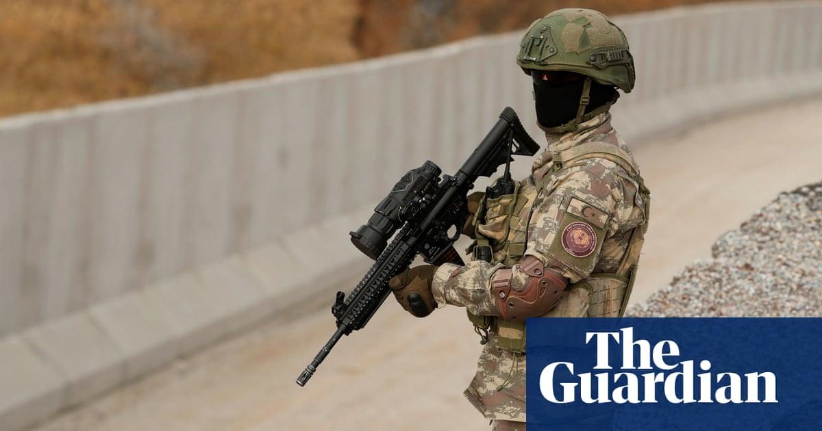 Turkey reinforces Iran border to block Afghan refugees