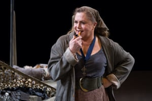 Kathleen Turner in Arena Stage's musical version of the play at the Mead Center for American Theater, 2014.