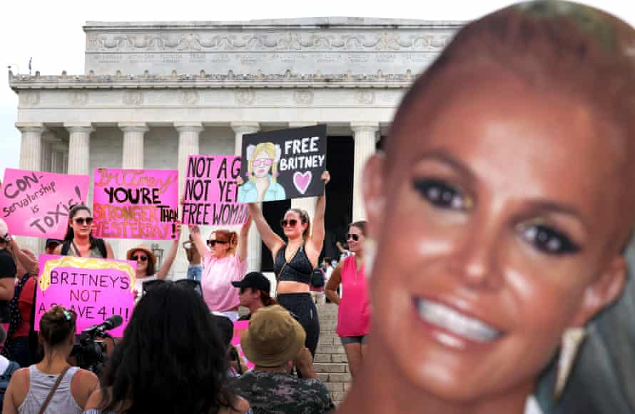Britney Spears supporters rally at the Lincoln Memorial in Washington DC on 14 July.