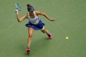 Pironkova remporte le premier set, 6-4.