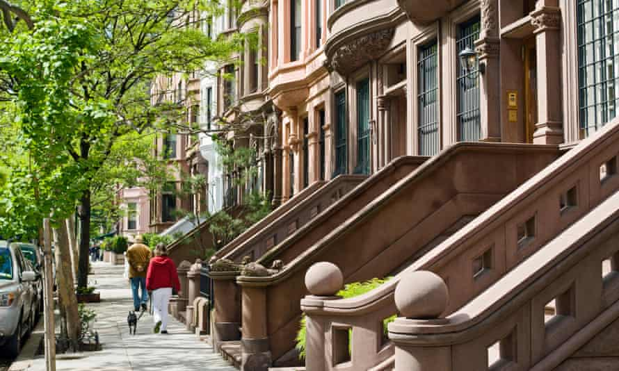 Uneasy street: how do the affluent make decisions about buying and renovating a home?