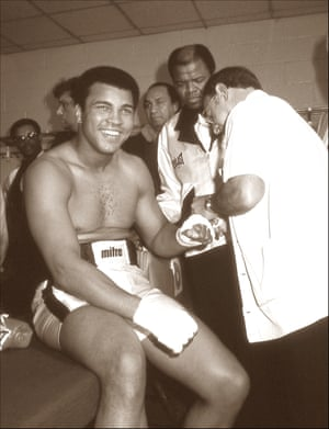 Muhammad Ali minutes before the Earnie Shavers fight, Madison Square Garden, NYC, September 29, 1977