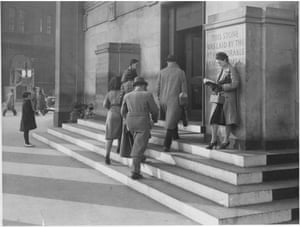 'The blackout keeps the libraries busy' - the outside of the new reference library at St Peters Square, Manchester, during lunch in Oct 1939.GNM Archive ref: GUA/6/9/1/4-M box 4