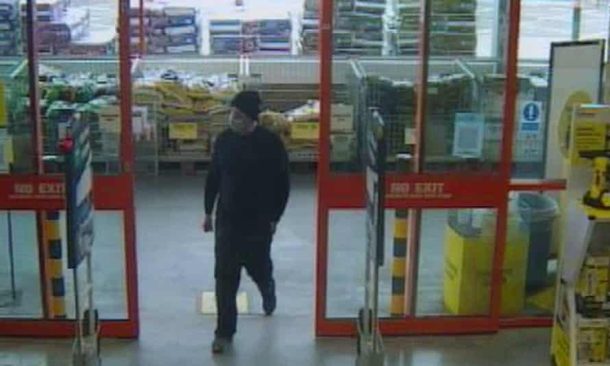 Wayne Couzens entering a branch of B&Q in Dover.