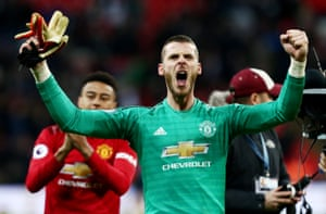 David de Gea celebrates at full time. The Spaniard made a succession of crucial saves, 11 in total, including many with his feet; only against Arsenal in December 2017 has he ever made more in a Premier League match (14).