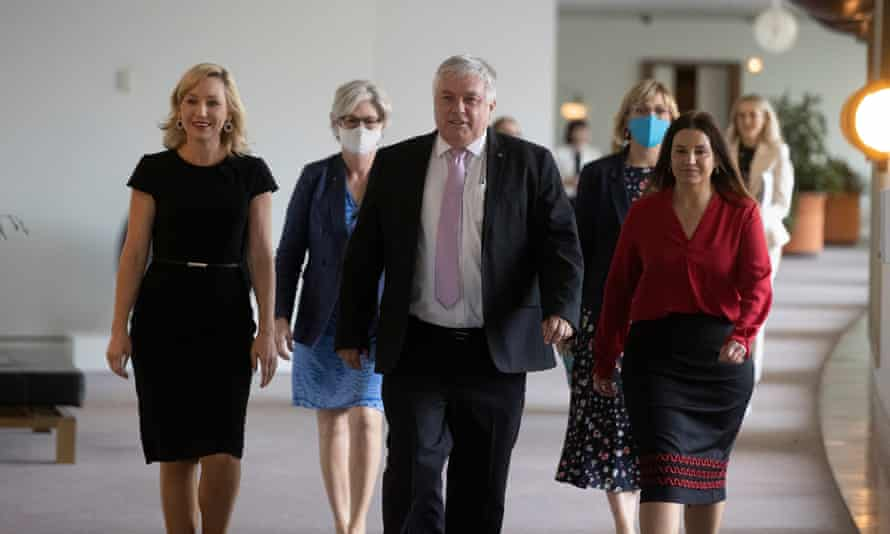 Crossbench MPs on their way to a press conference in Parliament House, Canberra. From left: Larissa Waters, Helen Haines, Rex Patrick, Zali Steggall and Jacqui Lambie