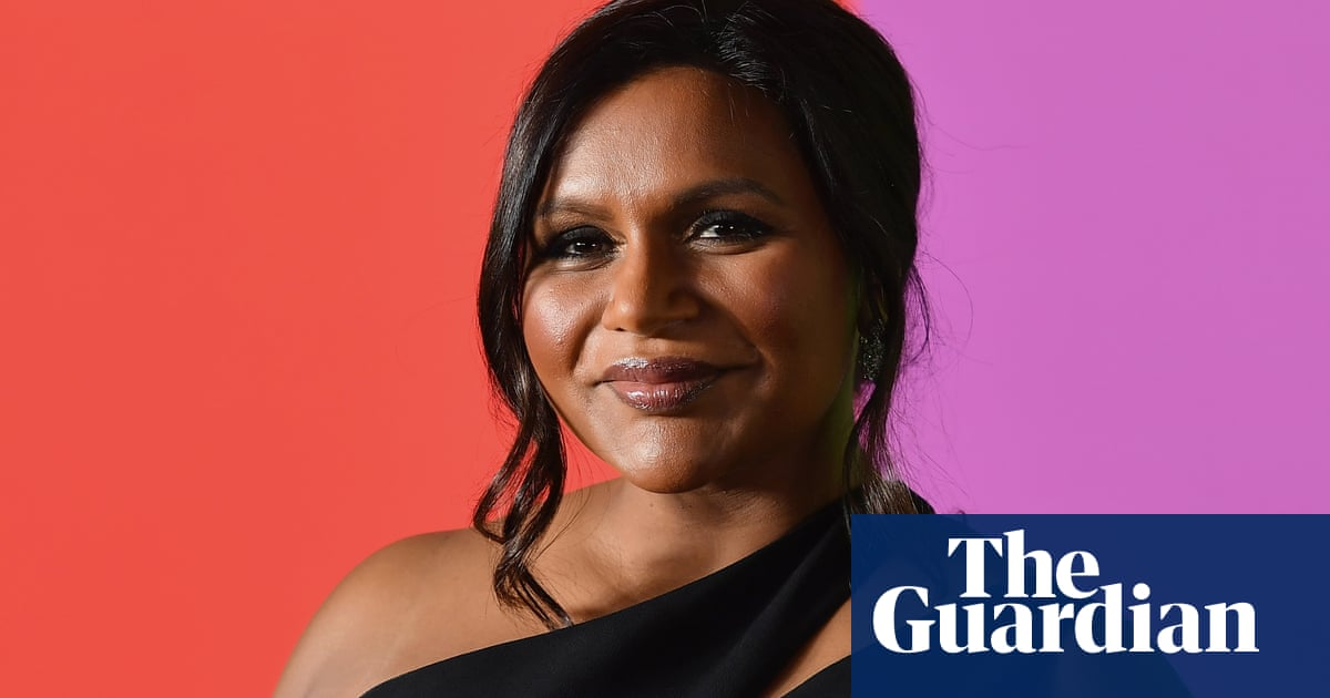 Kamala Harris And Mindy Kaling S Indian Cooking Melted My Heart And Made Me Cringe Life And Style The Guardian