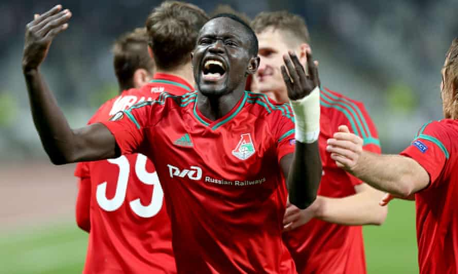 Oumar Niasse celebrates scoring for Lokomotiv Moscow in a Europa League match against Besiktas. His form in 2015 for the Russian club was what first attracted Roberto Martínez to the Senegal striker.