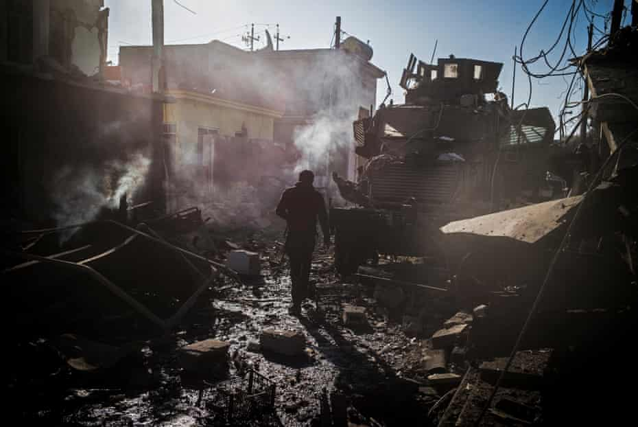 scene of a car bomb eastern mosul