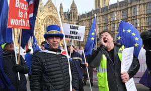 Pro and anti Brexit protesters outside the Houses of Parliament on 9 January 2019
