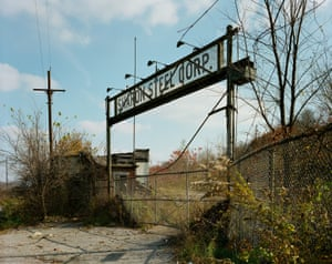 October 29, 1977 The closed Sharon Steel Corp, Lowellville Road, Lowellville, O.H.Across these images, a prosperous middle America is seen teetering on the precipice of disastrous decline.